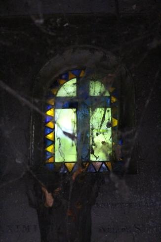 Tomb in Montmontre Cenetary