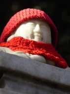 Jizo at the foot of the mountain